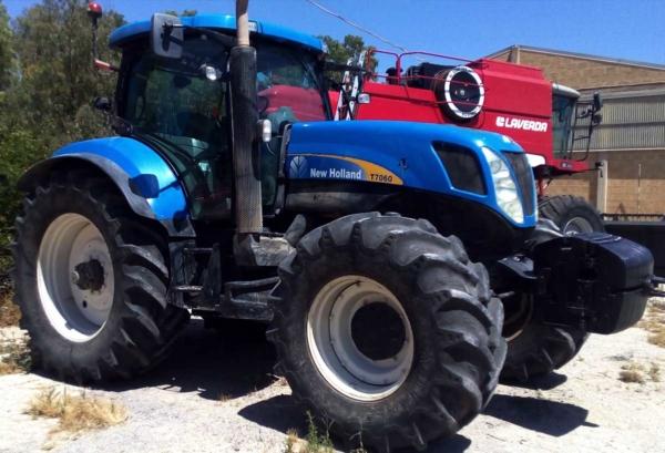 trattori_usati_sicilia_NewHolland_CCMsrl21